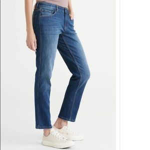 New DUER Performance Girlfriend Stretchy Denim Jeans